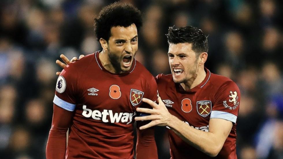 West Ham y 'Chicharito' empatan ante Huddersfield - Foto de West Ham