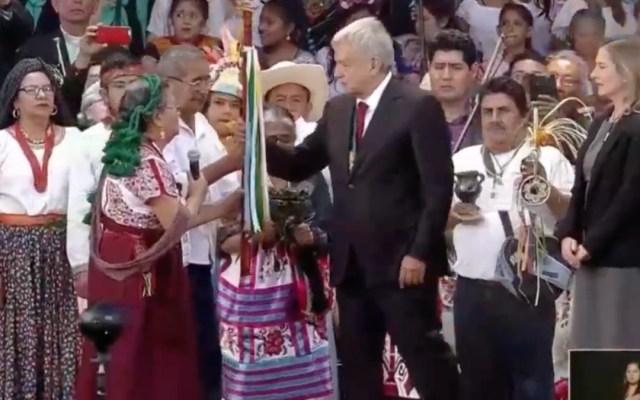 Entregan Bastón de Mando al presidente López Obrador
