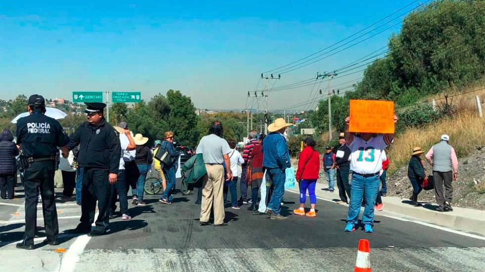 Liberan manifestantes autopista México-Querétaro - Foto de @saularellano