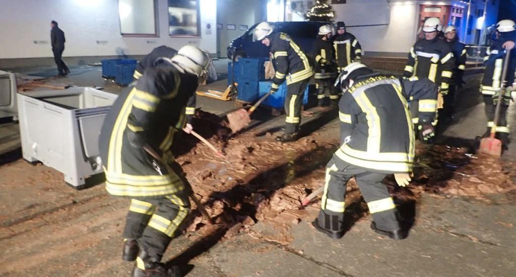 Chocolate inunda calle en Alemania - Foto de Soester-anzeiger News
