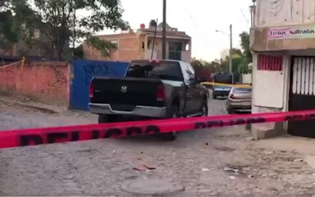 En menos de un día matan a 10 y secuestran a ocho en Jalisco - Escena del crimen en Tlaquepaque, Jalisco. Foto de @NoticelMexico