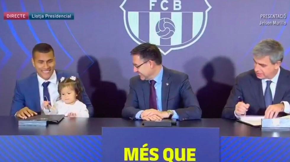 0515749240  Video Hija de Jeison Murillo acapara firma de contrato con Barcelona