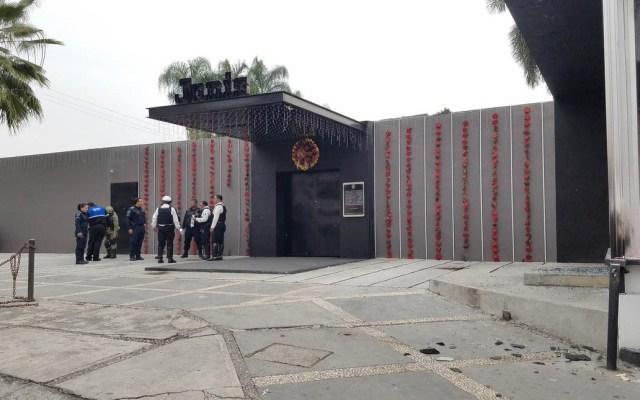 Balean y lanzan explosivos contra bar en Cuernavaca - Cuernavaca