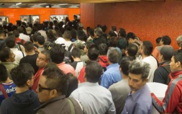 Desalojan tren de la Línea 8 del Metro - desalojan tren de la línea 8 del metro