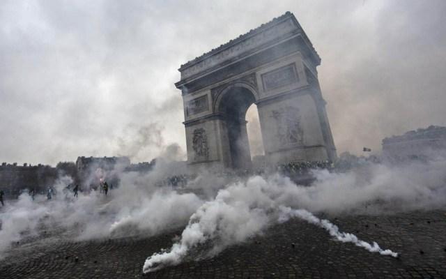Continúan las protestas en París - Foto de AFP