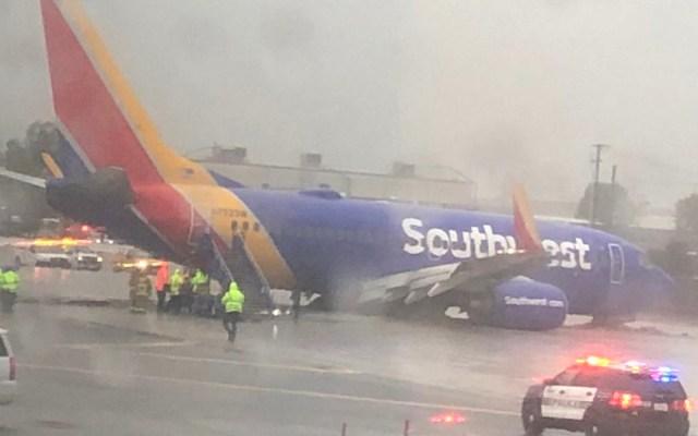 Se despista avión de Southwest durante aterrizaje en Los Angeles - Foto de Twitter