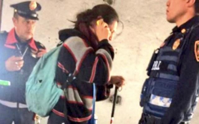 Vagonero le arranca a mujer parte del dedo en el Metro - Foto de @alertasurbanas