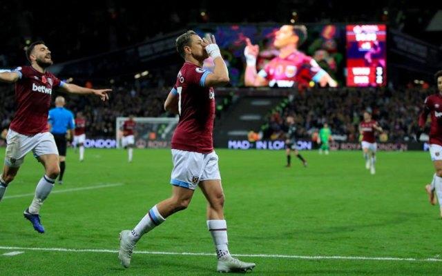 West Ham vence al Newcastle con dos goles del 'Chicharito'