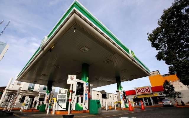 Juez ordena a gobierno garantizar distribución de gasolina - Desabasto de gasolina en México. Foto de AFP.