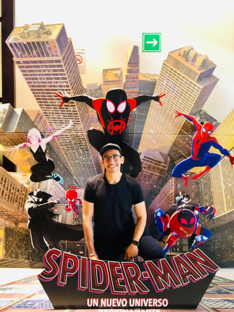 Animador mexicano emocionado por el Óscar de 'Spider-Man: Into The Spider-Verse' - Foto de Notimex