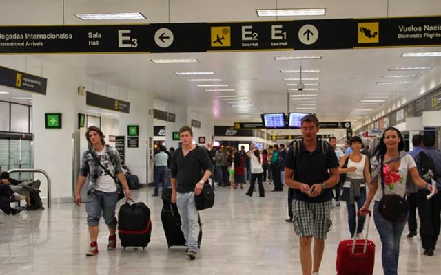 AICM registra el peor flujo de pasajeros en los últimos seis años - Foto de ASSA