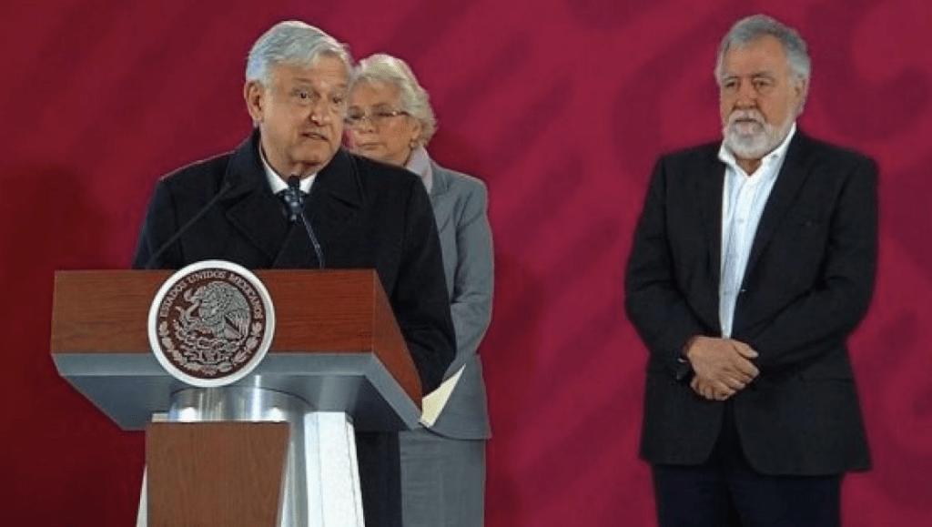Investigan a exjefe de escoltas de Peña Nieto por robo de combustible
