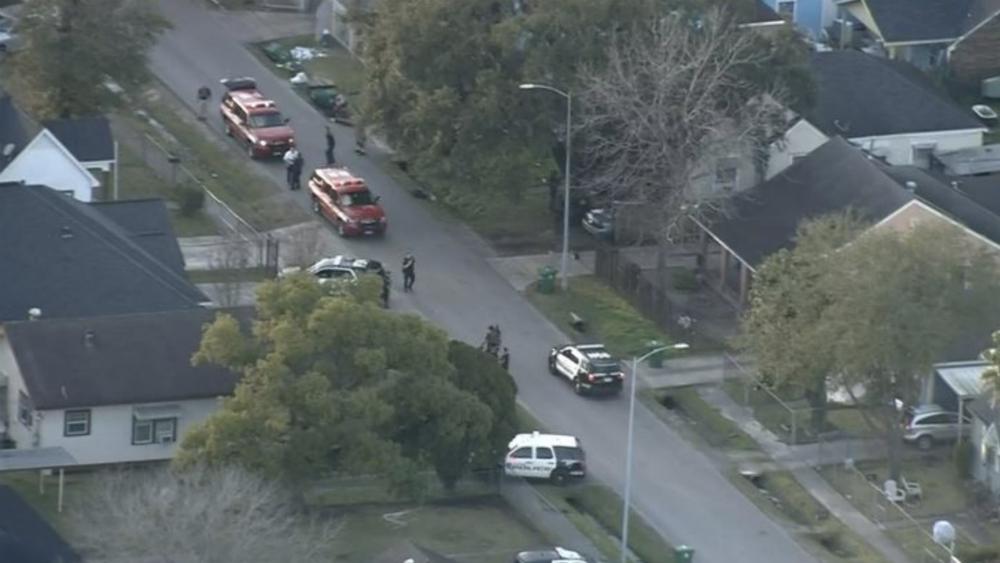 Al menos 5 policías heridos [Internacional — Tiroteo en Houston
