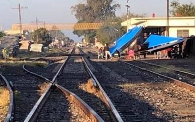 Bloqueos a vías férreas en Michoacán llegan a 10 días - bloqueos michoacán