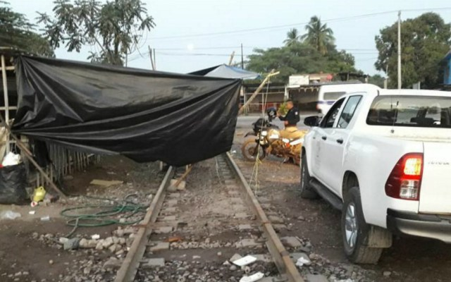 Citan a declarar a maestro de la CNTE por bloqueos a vías férreas - bloqueos michoacán citatorio maestro