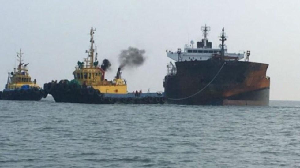 Reconoce AMLO presencia de buquetanques varados en los puertos del país - buquetanques con gasolina puertos mexico