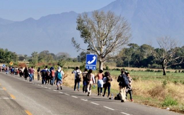 Caravana migrante sale de Tapachula hacia Huixtla - Foto de Notimex