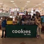 Roban mil dólares aniñas exploradoras que vendían galletas en Nueva Jersey - Foto de Facebook/Jessica Cunha Medina