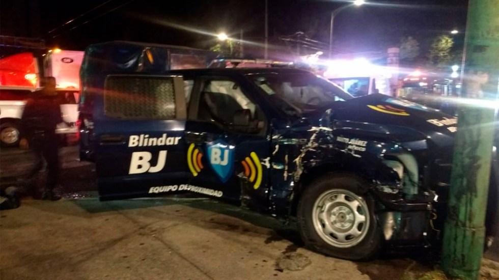 Choque entre tráiler y patrulla deja cuatro heridos en Eje Central - Foto de @MrElDiablo8