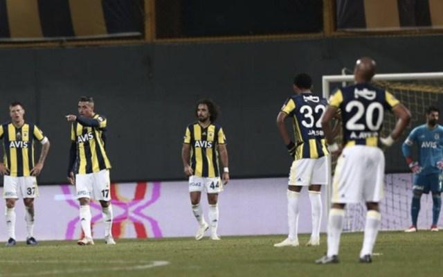 Fenerbahçe y Diego Reyes caen en Copa de Turquía - Foto de @1Haberoku