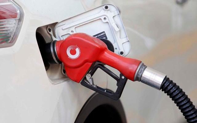 Abasto de gasolinas se está regularizando: Pemex - Gasolina Premium. Foto de Notimex.