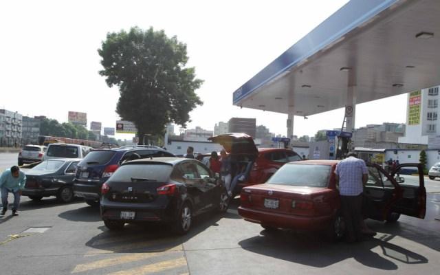 Retraso en distribución de gasolina afecta servicios de aseguradoras - Foto de Notimex