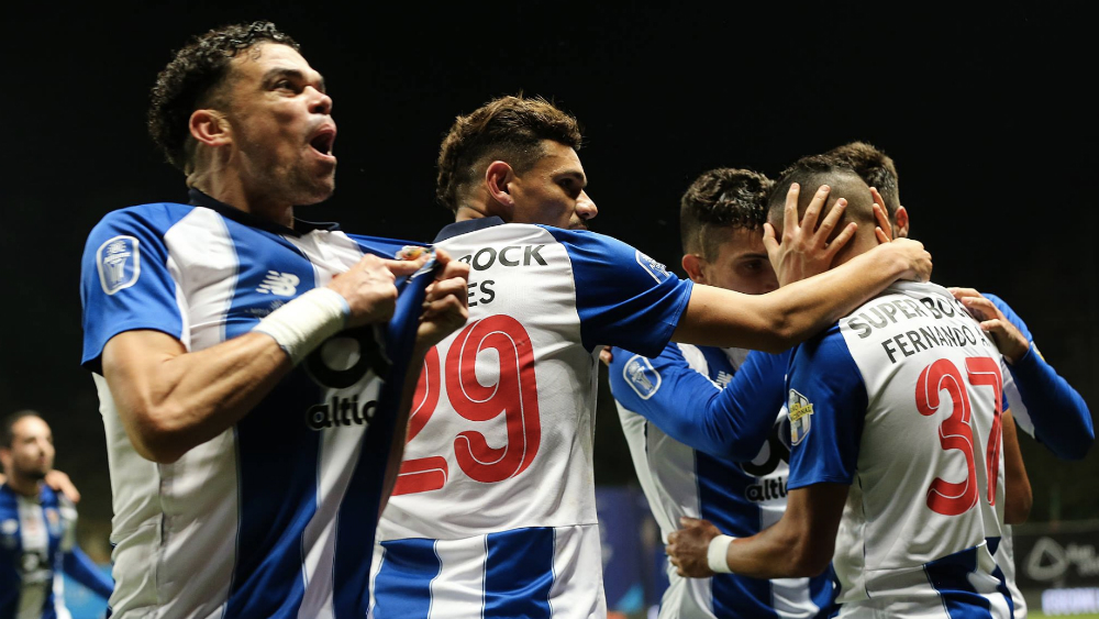 Porto avanza a la final de Copa de la Liga con asistencia de 'Tecatito'