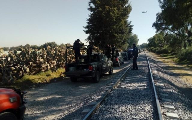 Pobladores de Otumba atacan a soldados en apoyo a ladrones de combustible - pobladores agreden a soldados para proteger a ladrones de combustible