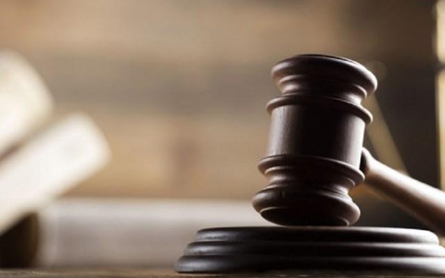 Siete latinos demandan a Texas por dudar de su ciudadanía - Mazo de juez. Foto de Cofece