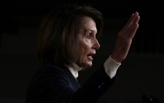 Demócratas preparan batalla legal contra estado de emergencia de Trump - Foto de AFP