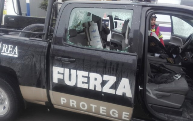 #Video Agreden a elementos de Fuerza Civil en Nuevo León - Foto de @NuevoLeonCR