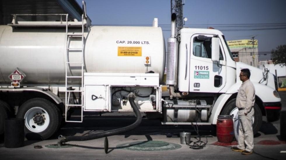 Gobierno federal busca normalizar distribución de gasolina - Foto de AFP