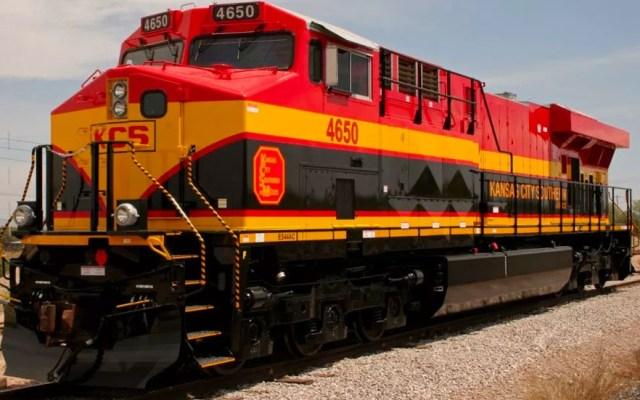Cofece detecta falta de competencia en traslado ferroviario de químicos - Hay 26 trenes detenidos por bloqueos en Michoacán