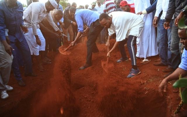 Funeral de las víctimas del atentado en Nairobi. - Este miércoles se realizó el funeral de las víctimas del atentado terroristas en Nairobi, Kenia. Foto de AFP.
