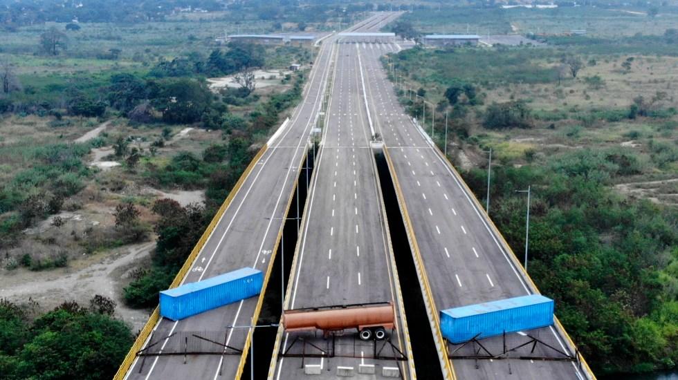 Venezuela ordena cerrar frontera con Colombia en Táchira - Puente Las Tienditas en la frontera Venezuela-Colombia. Foto de AFP.