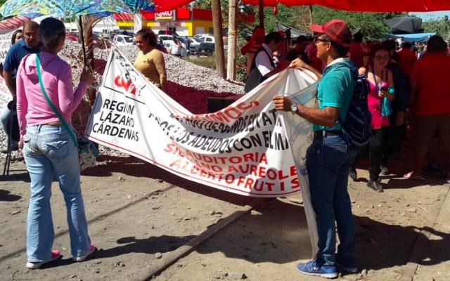 CNTE retoma el bloqueo en vías férreas de Lázaro Cárdenas - Foto de Quadratín
