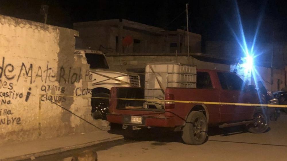 Encuentran bodega con 'huachicol' en Querétaro - Bodega