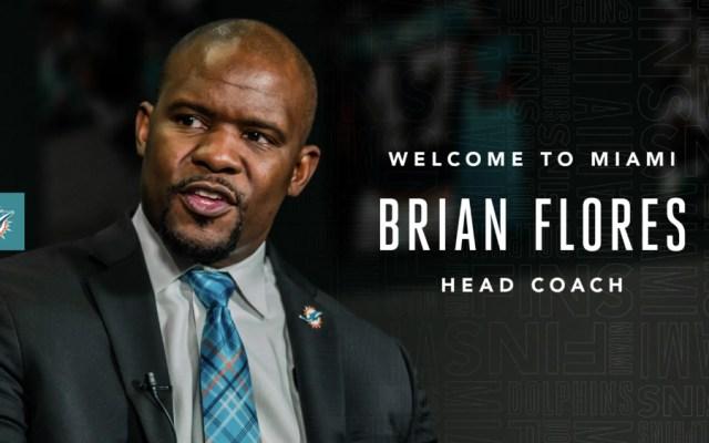 Miami Dolphins nombran a Brian Flores como entrenador en jefe - Foto de Miami Dolphins