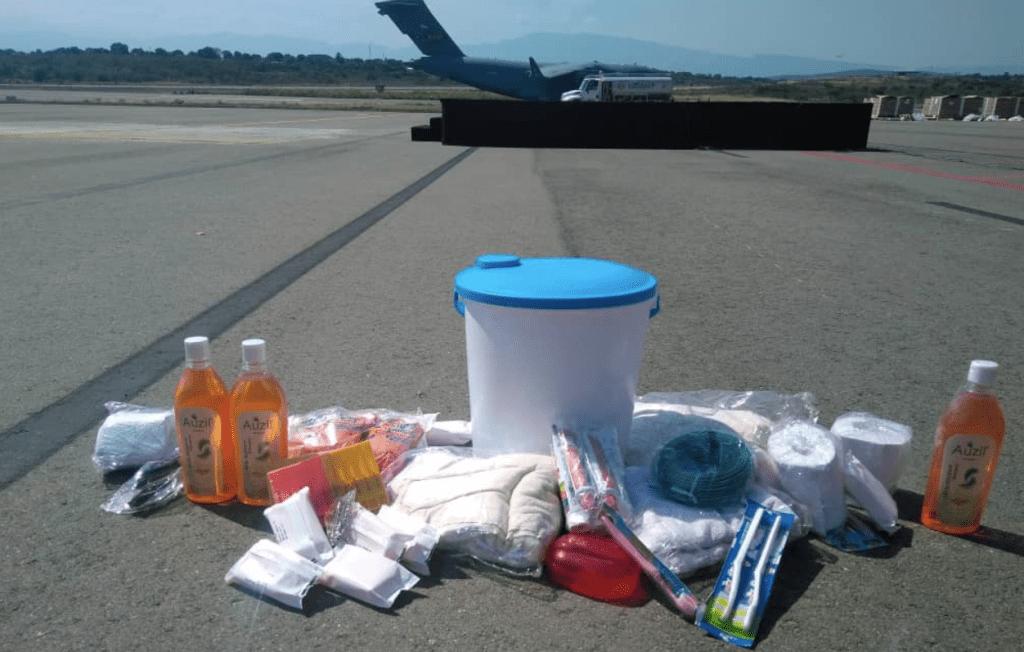 Revelan el contenido de las cajas de ayuda humanitaria enviada por EE.UU. a Venezuela - Foto de TVVenezuela Noticias