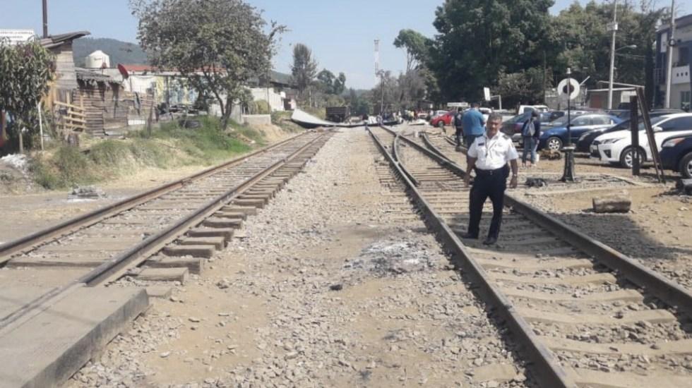 CNTE libera tramo ferroviario de Caltzontzin - Foto de @Silvano_A
