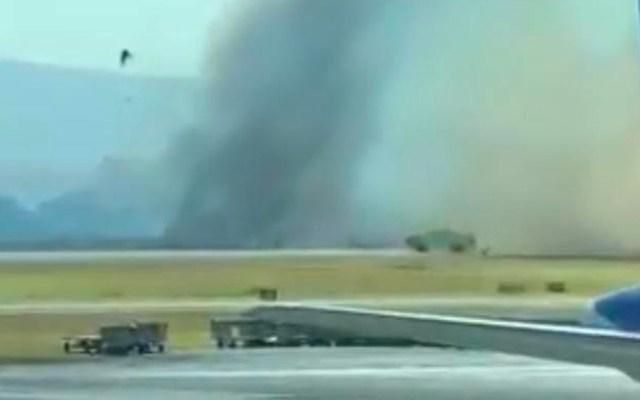 #Video Cortina de humo impide que las Chivas aterricen en Guadalajara - Foto de Internet