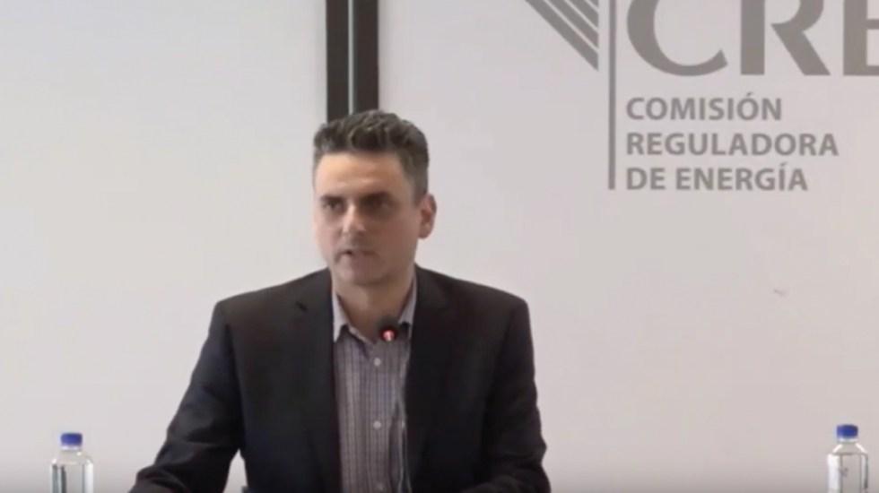 Titular de la CRE pide audiencia con López Obrador