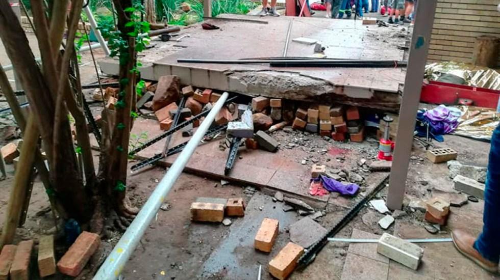Mueren al menos tres adolescentes tras derrumbe en colegio de Sudáfrica - Foto de internet