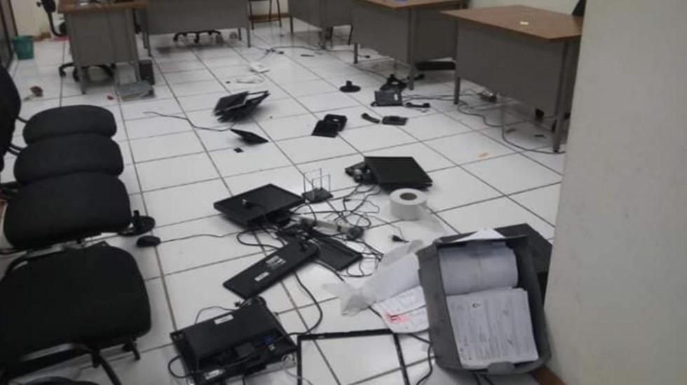 Destrozan oficinas del Servicio Profesional Docente en Chiapas - Foto de @AreopagoOficial