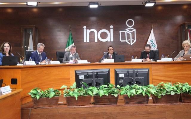 INAI ordena hacer públicos viajes de Peña Nieto y Calderón - Foto de Inai