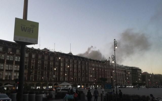 #Video Incendio en local de comida brasileña en el Centro Histórico - Foto de @huichol19