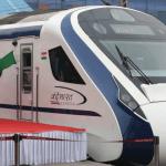 Inauguran tren más rápido de la India y choca contra vaca - Foto de AFP