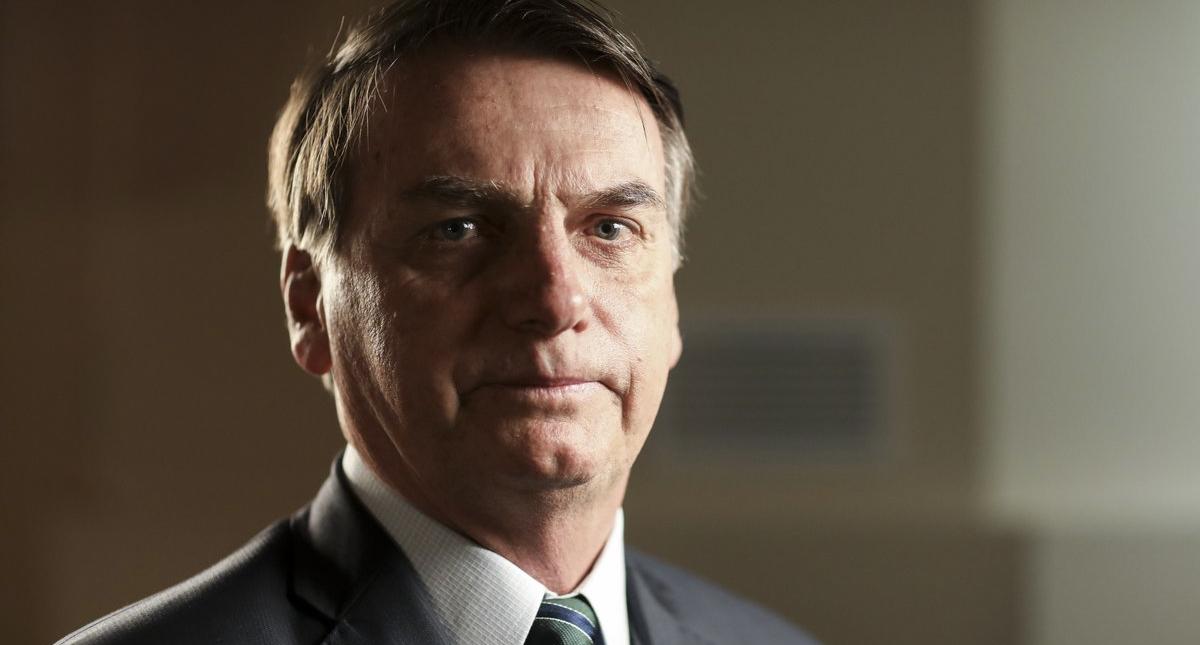Jair Bolsonaro permanece hospitalizado y con indicios de neumonía
