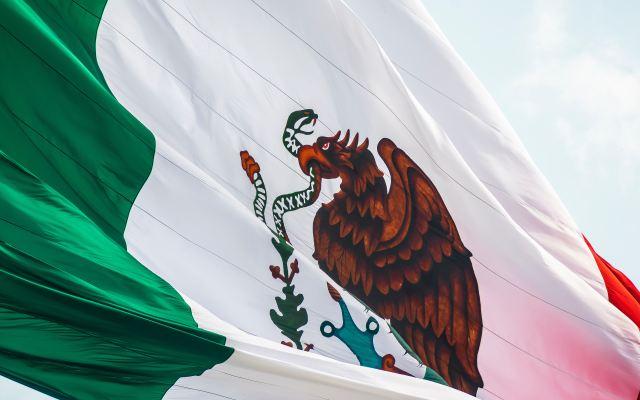 Plan Nacional de Desarrollo (2019-2024) - Bandera de México. Foto de unsplash.com
