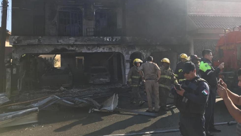 Explosión de pipa de gas deja tres heridos en Tampico - La explosión dejó tres lesionados. Foto de @MonitorNacional